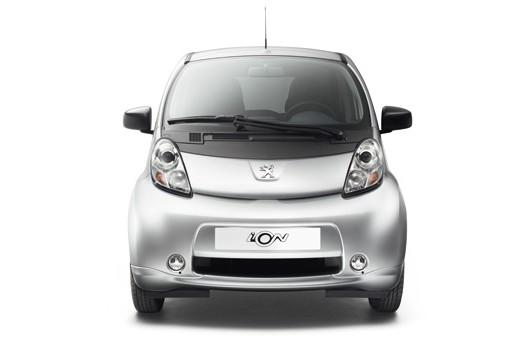 Peugeot-iOn-05