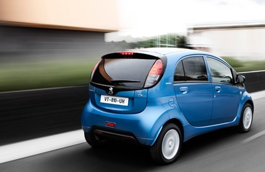 peugeot-ion-green-mobility-rental-01