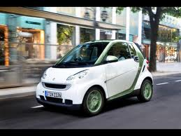 smart-electric-drive-green-mobility-rental-01