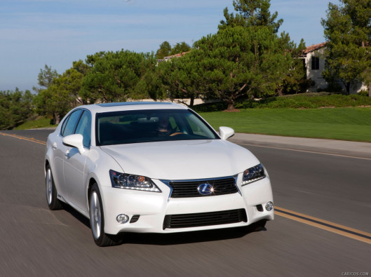 lexus-gs-green-mobility-rental-02