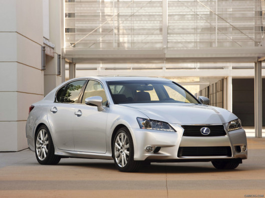 lexus-gs-green-mobility-rental-12