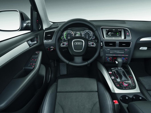 Audi-Q5-Hybrid-01