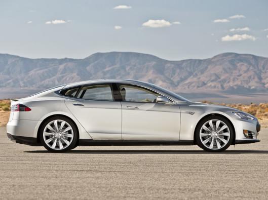Tesla-Model-S-Wallpapers-12 a noleggio a lungo termine