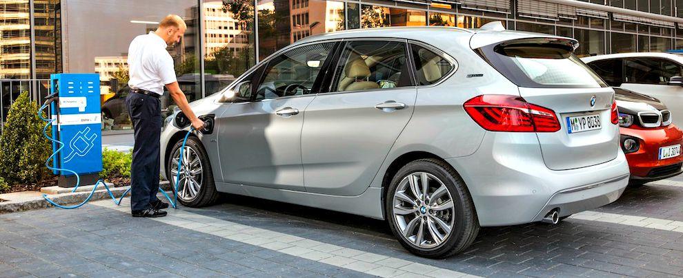 BMW-Serie-2-plug-in-hybrid a noleggio lungo termine