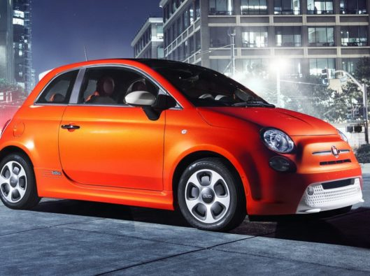 Fiat-500 elettrica a noleggio