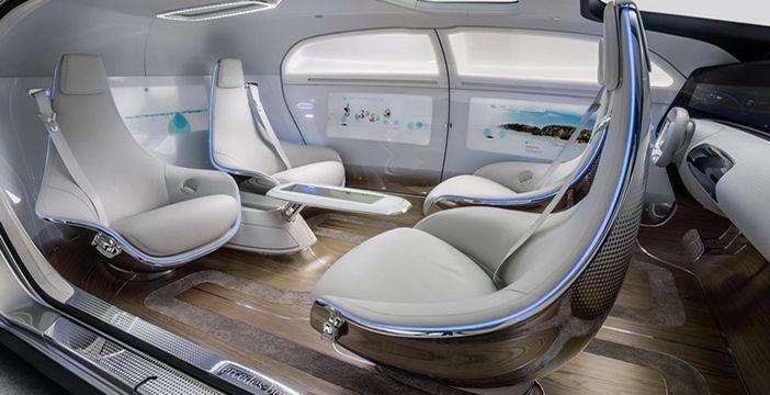 auto a guida autonoma a noleggio lungo termine