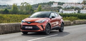 Nuovo-Toyota-C-HR-2020-ibrido noleggio lungo termine