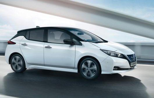Nissan Leaf a noleggio lungo termine economico