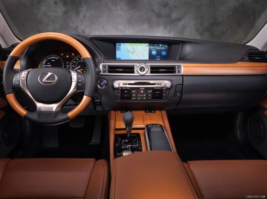 lexus-gs-green-mobility-rental-09