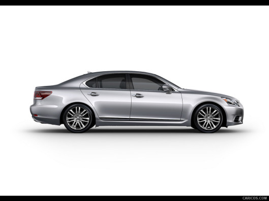 lexus-ls-green-mobility-rental-05