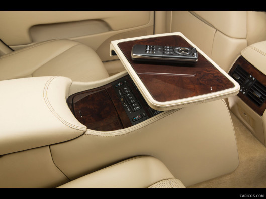 lexus-ls-green-mobility-rental-13