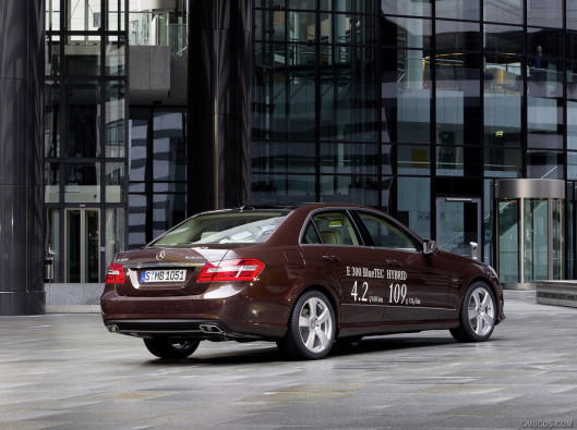 mercedes-e-green-mobility-rental-01