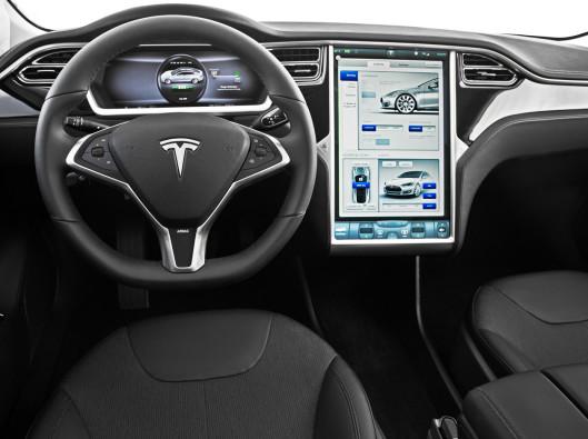 2013-Tesla-Model-S-interior-2 a noleggio a lungo termine