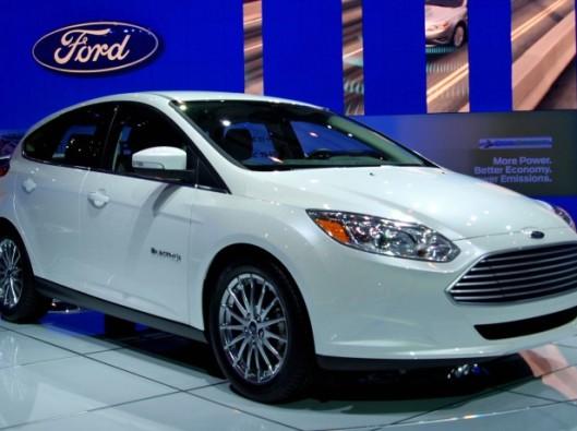 ford-focus-elettrica noleggio a lungo termine