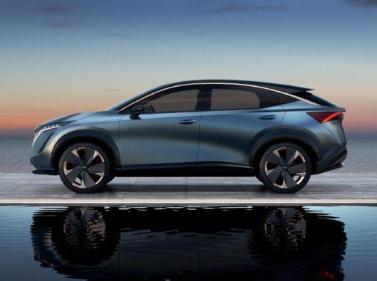 Nissan aryia noleggio lungo termine