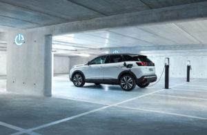Peugeot-3008-Hybrid noleggio a lungo termine