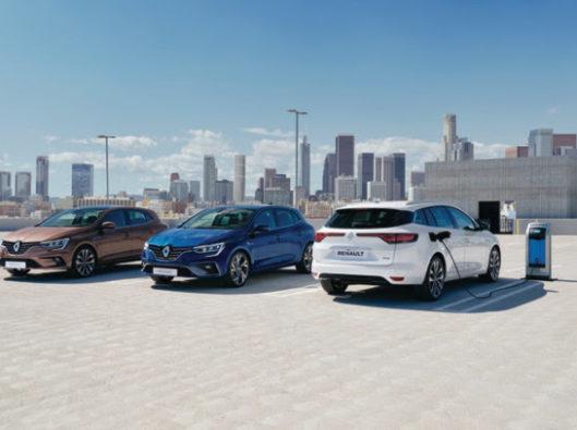 Renault Megane ibrida a noleggio lungo termine