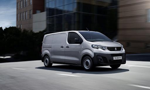 Peugeot e-Expert noleggio lungo termine